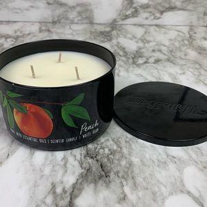Bath & Body Works White Barn Peach 3 Wick Candle